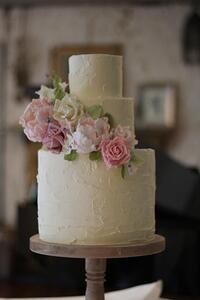 buttercream_sugar_flowers__large.jpg
